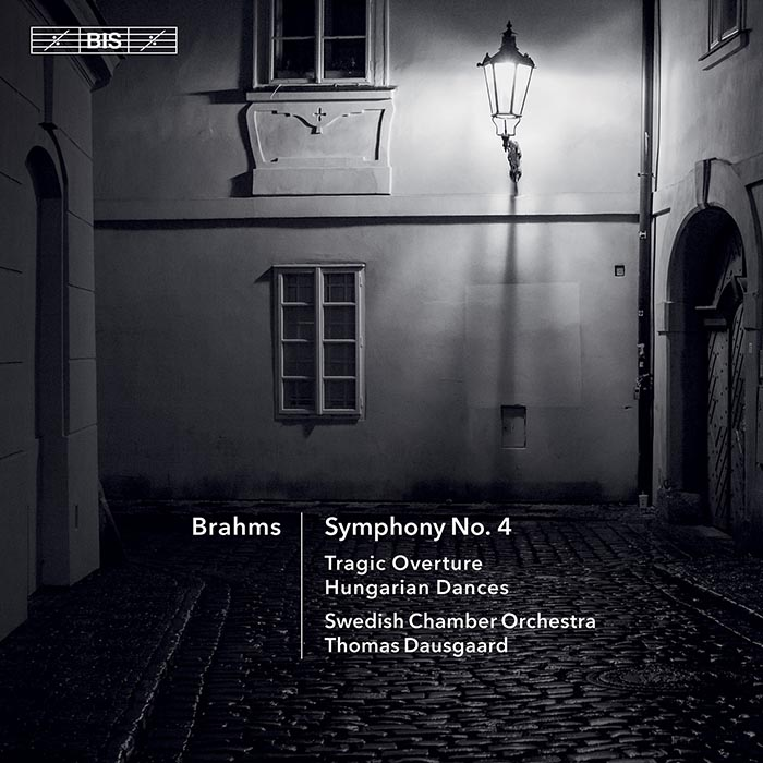 Johannes Brahms / Symphony no. 4 / Tragic Overture // Swedish Chamber Orchestra / Thomas Dausgaard